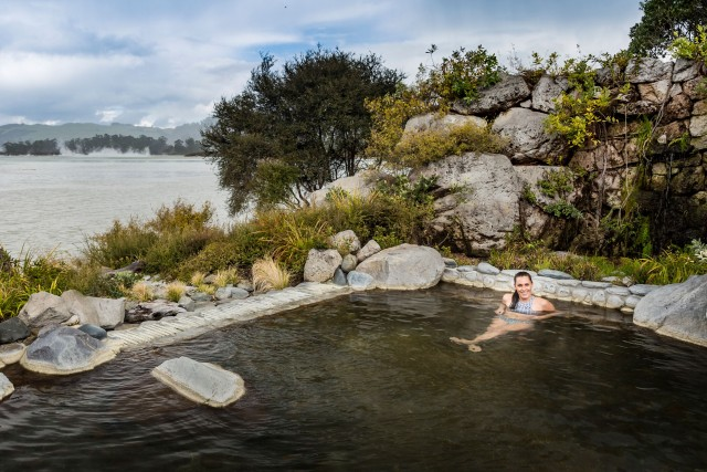 makaia in pool